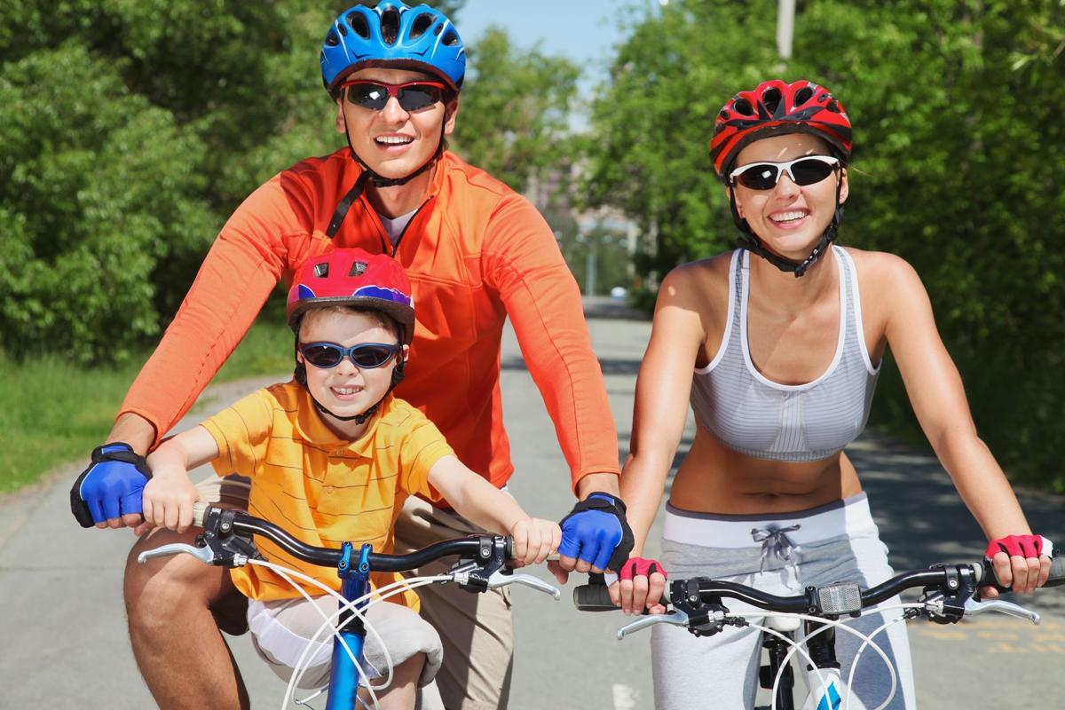 kerékpárosok figyelem